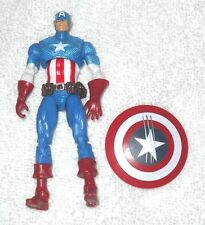 Captain America (slashed shield) (Greatest Battles Comic Pack fig) - 100%