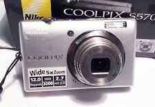 NIKON Coolpix S570 Fotocamera Digitale 12.0 MEGAPIXEL ZOOM OTTICO 1 : 2.7 - 6.6