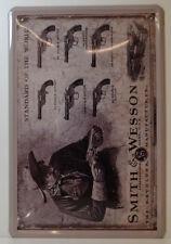 Revolver-Smith & Wesson-pistol-chapa escudo 30 x 20 cm (Bs 660)