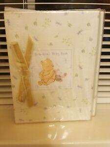 "Disney Classic Pooh Grandma's Brag Book photo album - Hold 48 photo's 4"" x 6"""
