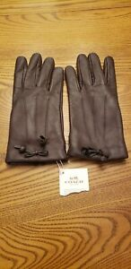 NWT $135 Coach Women's Tea Rose Bow Leather Gloves, Oxblood, Wool Lining, F20887