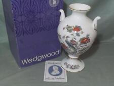 Wedgwood Kutani Crane Victoria Vase or Urn (Boxed) R4464 Gold Edge