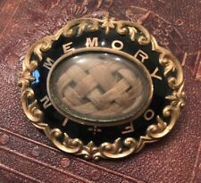 Circa 1800's Antique Mourning Plaited Hair Enamel Brooch / Pendant In Memory Of