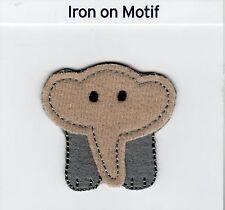 CUCCIOLO di elefante ferro su Applique Motif Patch, Nuovo di Zecca