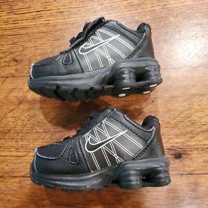 NIKE Baby Infant/Toddler Shoes 3C Black & White EUC Boy Girl