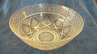 VINTAGE CRYSTAL GLASS BOWL, DIAMOND PATTERN WITH LEAVES