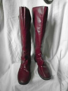 Womens pippaa Round Toe Knee High Fashion Boots, Maroon, Size 12