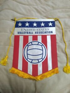 ORIGINAL UNITED STATES VOLLEYBALL ASSOCIATION 1970's-1980's PENNANT FLAG - SEE !