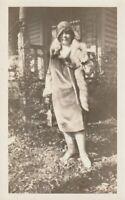 A WOMAN IN FASHION Vintage FOUND PHOTO bw FREE SHIPPING Original Portrait 97 6 Q