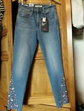 Bnwt new levi's 721 high rise skinny ankle jeans flower embroidery size 27 8/10
