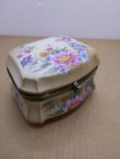 Vintage Sankyo Victorian Garden Hummelwerk rose bouquet Flower Music Box
