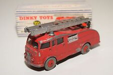 F DINKY TOYS 955 555 FIRE ENGINE WITH EXTENDING LADDER EXCELLENT BOXED