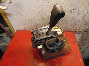 02 01 00 99 98 Isuzu Trooper oem automatic transmission shifter assembly