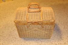 New listing Wicker Basket Picnic Set w/ Cloth,Plates,Cups,Anacapa Stainless Cutlery, + more