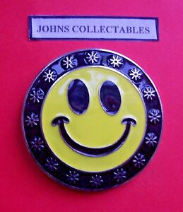 COLLECTABLE  SMILEY FACE BELT BUCKLE