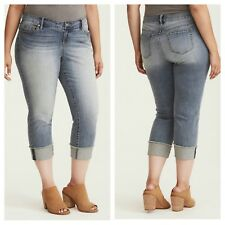 ea122357a43 NWT Torrid Plus Size 26 Cropped Boyfriend Jeans - Light Wash Frayed Hem (62-