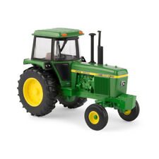 John Deere 4440 Tractor Die-cast metal replica 1/32 scale (LP64441)