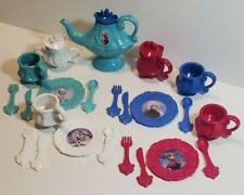 Disney's Frozen Plastic Tea Set 26 pieces VERY CLEAN. Elsa, Anna, Olaf, Kristoff