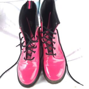 No Boundries hot pink Boots Natasha Size 9 Lace Up Patent Combat woman fashion