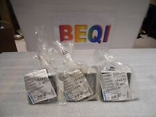 Siemens 8UC6110-1BB Handle w/ with Masking Frame Spare part New Lot of 3