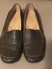 Ladies Brown Leather Naturalizer Loafers Shoes. Size 9 1/2.