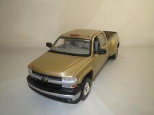 ANSON  Chevrolet  Silverado  (gold-metallic) 1:18 ohne Verpackung !