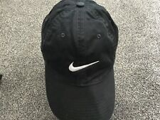 NIKE SWOOSH MENS BASEBALL CAP,BLACK & WHITE COLOUR.ADJUSTABLE BACK,ONE SIZE