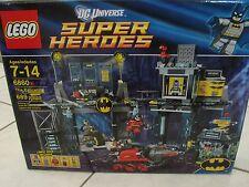 Lego Super Heroes set The Batcave # 6860 Batman some box wear