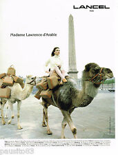 PUBLICITE ADVERTISING 065  1994  LANCEL  sacs bagages  PLACE DE CONCORDE PARIS