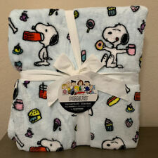 Berkshire Peanuts Snoopy Light Blue plush fleece blanket full/queen 90x90 NEW