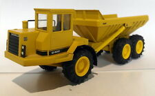 Conrad 1/50 Scale Diecast - 2862 Caterpillar CAT D400 Articulated Dump Truck