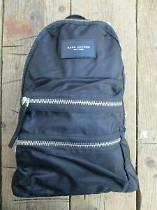 MARC JACOBS NEW YORK BLACK FABRIC CHUNKY ZIP DETAIL 2 FRONT POCKETS BACKPACK NEW