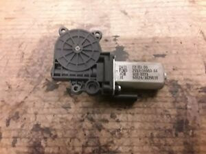 Ford Fiesta Mk6 Two Door Drivers Right Electric Window Motor.