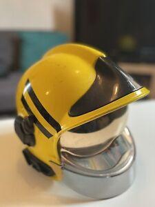 firefighter helmet gallet