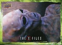 Resistance Fighter X Files UFOs /& Aliens Sticker Card S-51 The Red And Black