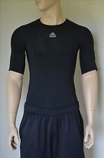 NUOVO Adidas NBA TEAM EMESSO SS Techfit Base Layer Compressione Camicia Nera Tee M