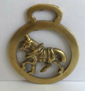 VINTAGE DRAFT HORSE ~ BRASS HARNESS BRIDLE HORSE SADDLE BADGE MEDALLION ENGLAND