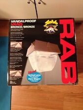 Rab Light Van5Hh175Qt 175W Metal Halide Vandalproof Vertical Quad Lamp Bronze