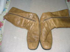 Vintage 1970s Womens Used Brown Boots With Side Zipper Size 9 1/2 M