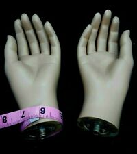 A pair of hands for full body fiberglass mannequin,female skin tone hands-1pairF