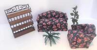 Dollhouse Miniature Vtg Concord Creekside Etagere Upholstered LR Set Plants 5 Pc