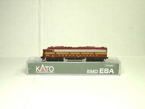 KATO N SCALE E8A POWERED LOCOMOTIVE DCC READY PENNSYVANIA 176-5313