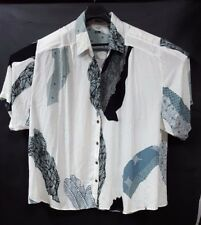 We Be Bob Size 3X White Blue Shirt Short Sleeve Button Front Funky Pattern