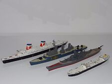 *(C) triang minic , matchbox LOT OF 4 SHIPS