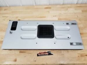 Jeep TJ Wrangler OEM Rear Tailgate Assembly PSB Bright Silver 2002-2006 36319