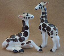 "Vintage Set of 2 China Giraffes 2.75"" Tallest"