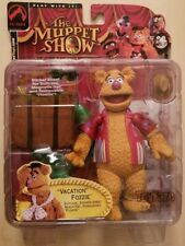 VACATION FOZZIE BEAR MUPPET SHOW FIGURE RED VARIANT TOYFARE EXCLUSIVE 2002