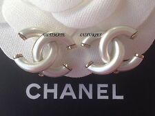 CHANEL 2017 TOP SPRING PEARL GOLD CC CLIP ON DRESS EARRINGS NEW BEAUTIFUL