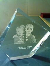 PERSONALIZED LASER ENGRAVED CRYSTAL PHOTO FAMILY GRANDMA -DAD KIDS TROPHY g