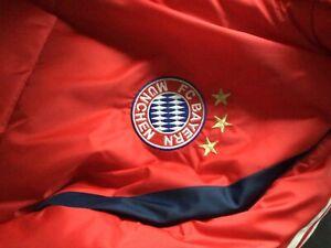 FC Bayern München Adidas Winterjacke Größe 8